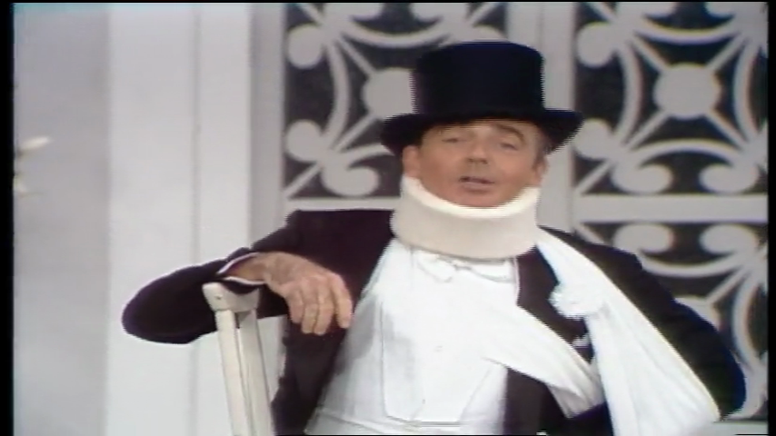 The Carol Burnett Show: S11 E15 - Roddy McDowell, Ken Berry